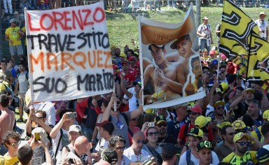 Valentino Rossi' supporters after the Motorcycling Grand Prix of Italy at the Mugello circuit in Scarperia, central Italy, 22 May 2016.   ANSA/ETTORE FERRARI